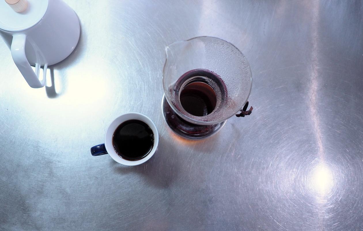 珈琲丸のコーヒー『エチオピア イルガチェフG1 ナチュラル』の抽出はネルドリップ_抽出完了