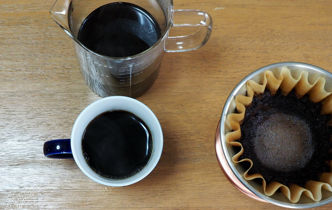 珈琲丸のコーヒー『ウガンダ ブギシュ ティピカAA』の抽出はカリタウェーブで_抽出完了