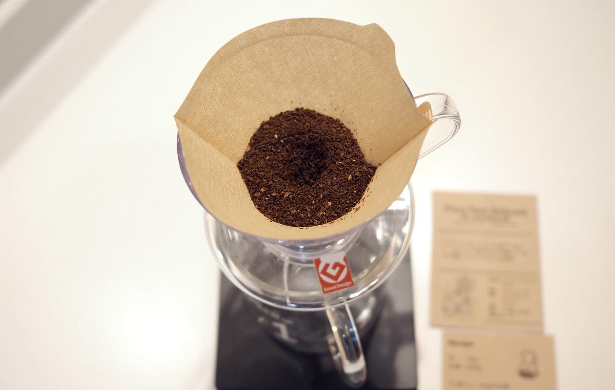 仙台のカフェ デアストア(darestore)のコーヒー_エルサルバドル ペニャレドンダをV60でドリップ準備
