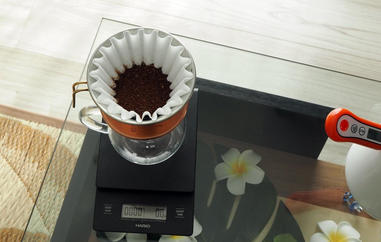 Croaster Select Coffeeのルワンダ カリシンピをハンドドリップで抽出