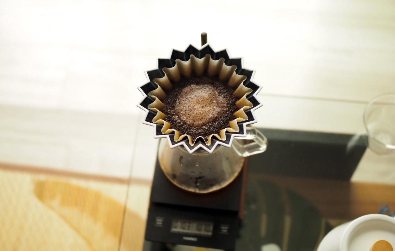 Nif Coffeeの「ふつう」コーヒーの抽出中
