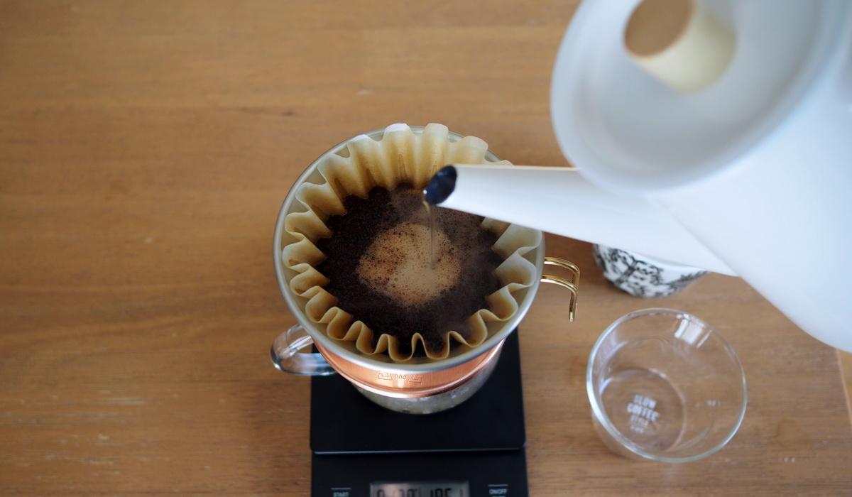 銀座カフェーパウリスタ_コーヒー通販_森のコーヒーブレンド_抽出中