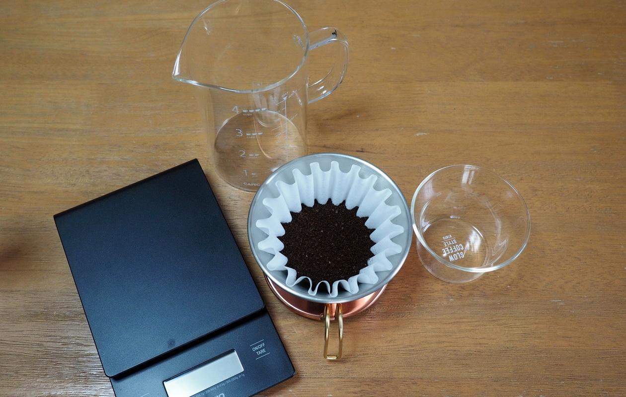 珈琲丸のコーヒー『ウガンダ ブギシュ ティピカAA』の抽出はカリタウェーブで_抽出準備