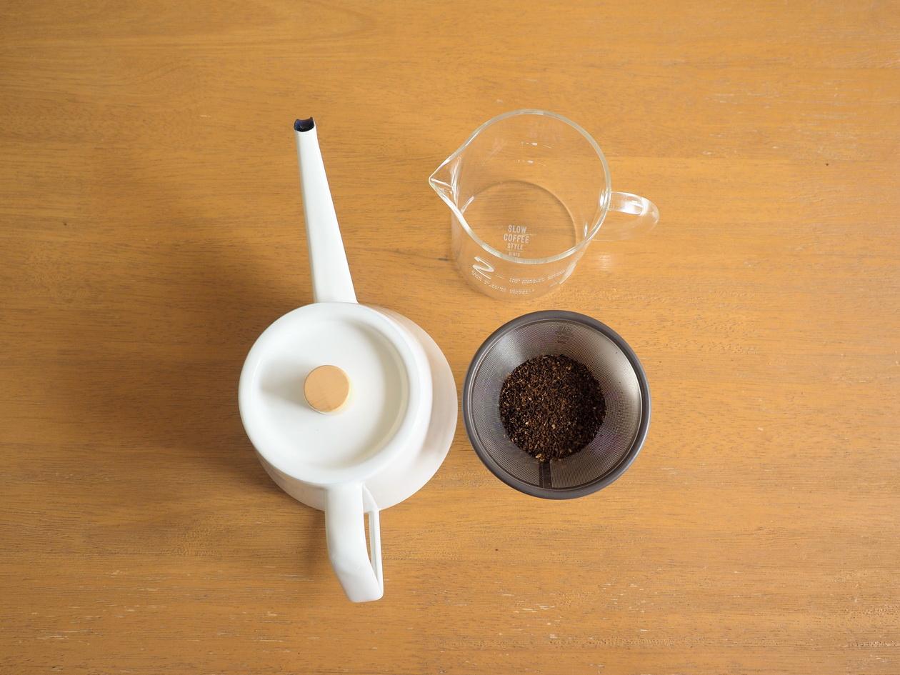 ハニー珈琲「ロイヤルブレンド」の抽出準備_SLOW COFFEE STYLE金属フィルターで