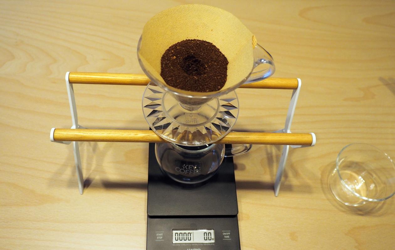 こだわりコーヒー豆 カフェごこちのオリジナルブレンド_抽出準備_クリスタルドリッパー_ハンドドリップ